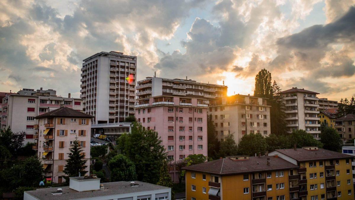 Что выгоднее купить: квартиру в новостройке или на вторичном рынке?